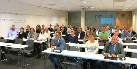 Det var bra oppmøte på seminaret på Fornebu.