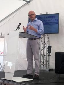 Klima og miljøminister Vidar Helgesen sa at globalt samarbeid og tiltak på EU-nivå er mest effektivt mot marin forsøpling.