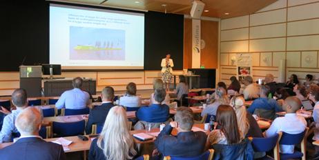 Camilla Røsjø på Matforskningsdagen der fire nye prosjekter ble vist.