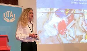 Monica Skog Ravn fortalte om Orklas satsing på resirkulert emballasje.