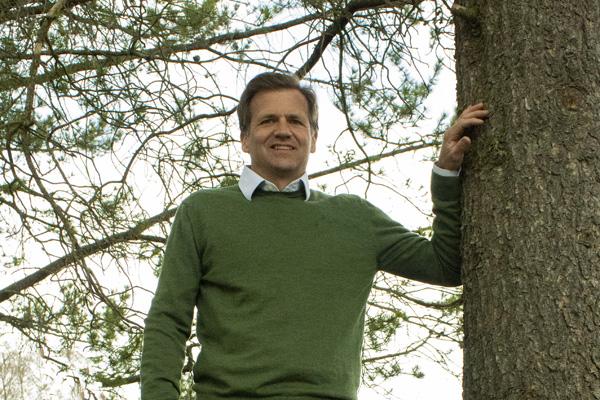 Amund Aalstad engasjerer seg i økt bruk av papirbasert emballasje fra norske og svenske skoger